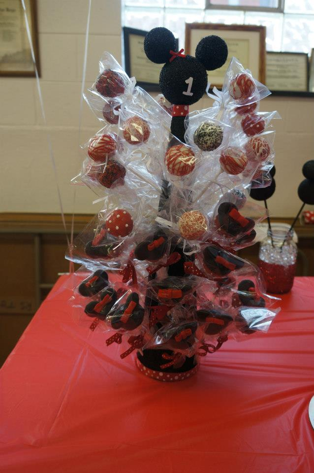 Minnie Mouse Cakes Cupcakes And Even Cake Pops