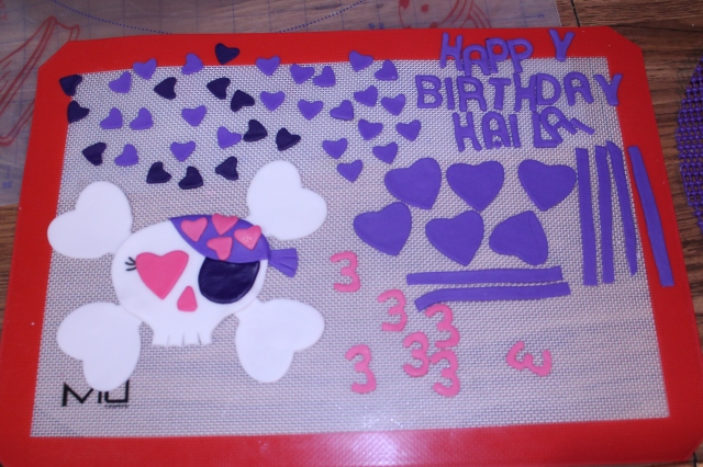 All the fondant decorations needed for this cake and the cupcakes!